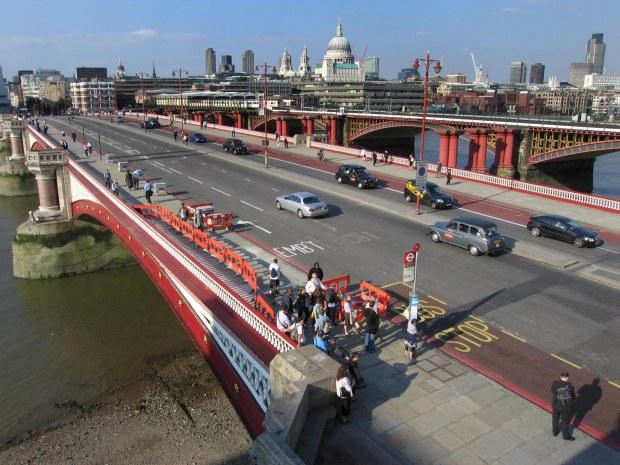 london-blackfriars-bridge-3_42
