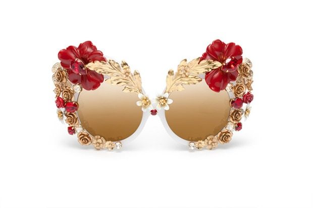 dolce-and-gabbana-eyewear-sunglasses-woman-ss16-fashion-show-capsule-flowers-red